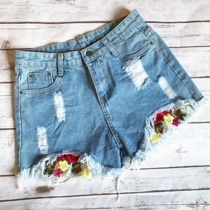 Pants - Distressed high waisted floral embroidery shorts!!